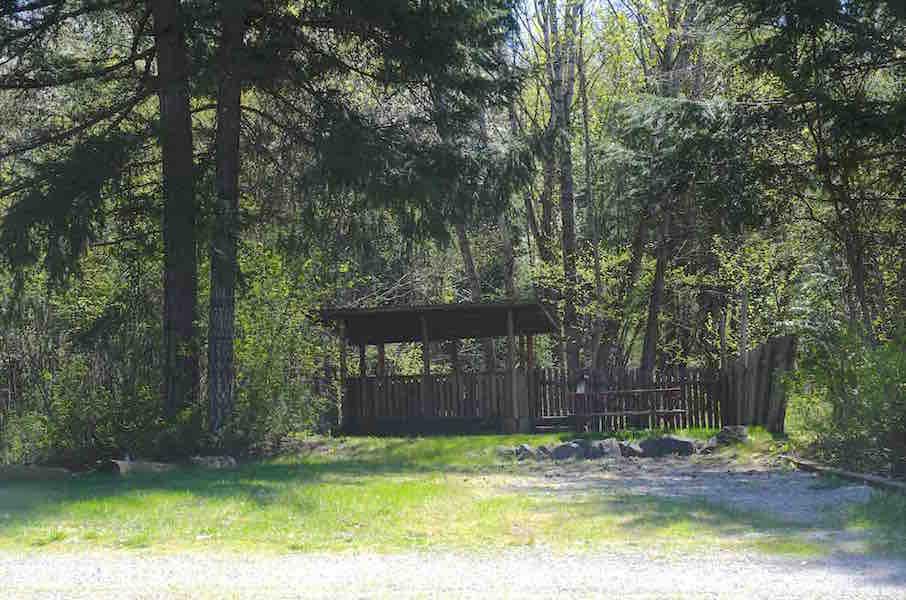Central Campsites – Coyote's Den – Site 17